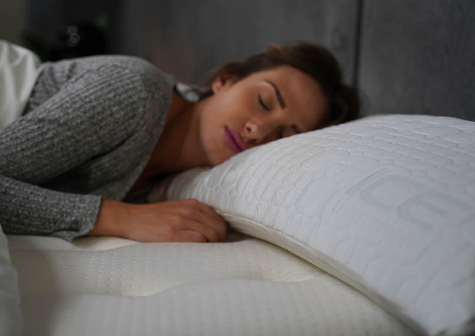 almohada viscoelástica con Tejido ICE NIX Moon+